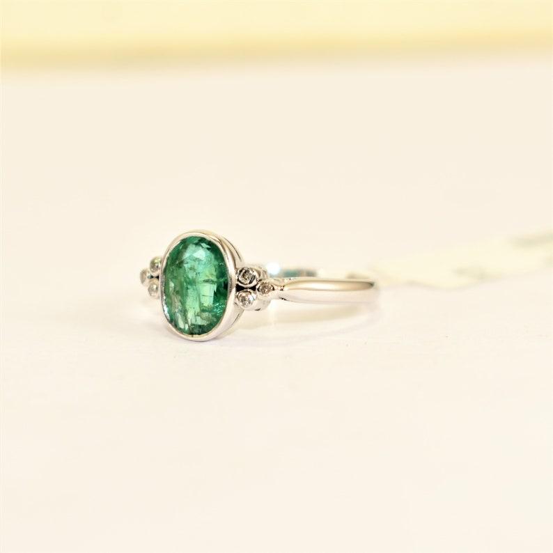 9K,14K Fine Quality Elite Emerald /& Diamond Silver White Gold Plated Ring Love Valentine 2021 Propose Handmade Design