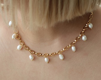 contemporary pearl necklace minimal pearl necklace Architectural pearl necklace modern pearl and brass link