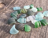 Set of 25 bootle lips sea glass Colorfull sea glass Size quot 0.8-1.0 quot jewelry making, art, mosaic making etc. (i39)
