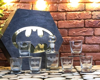 Batman gift, Batman, Christmas gift, Personalized batman gift, Best man gift, Gift for woman, Whiskey decanter set, Whiskey glasses, Gift