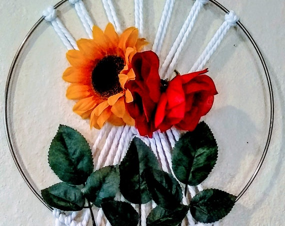 Rose and Sunflower Macrame Wall Art, Rose Decor, Sunflower Decor. Wall Tapestry, Hand Crafted
