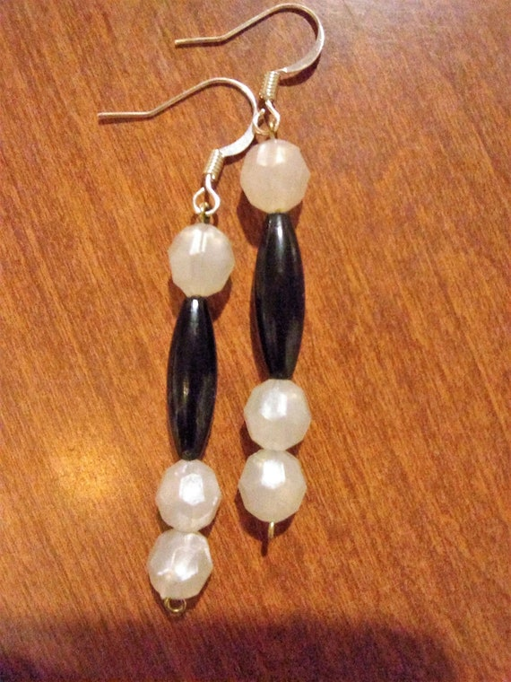 CLEARANCE, Black & White Dangle Earrings, Hand Crafted, Silver Ear Wires, Acrylic Beads Jewelry