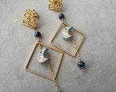 Orecchini geometrici color oro in ceramica terracotta a perno. Idea regalo originale