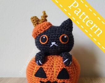 Morticia pumpkin cat crochet pattern - PDF file - beginner friendly
