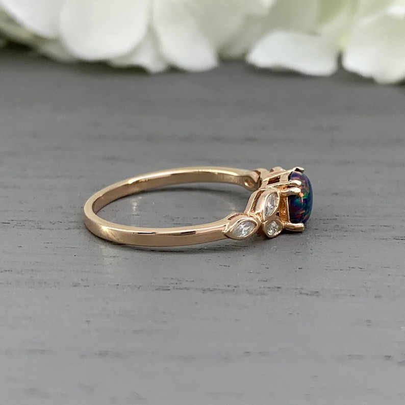 Round Black Fire Opal Ring Rose Gold Vintage Antique Design Engagement Ring Floral Simulated Diamond Sterling Silver Wedding Promise Ring