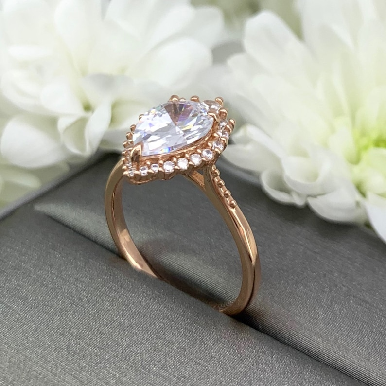 Art Deco Pear shape Rose Gold 2.25Ct Halo Simulated Diamond Teardrop Engagement Ring Sterling Silver Wedding Promise Ring