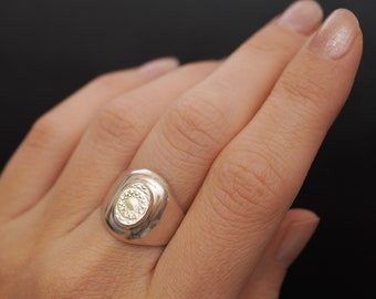 Antique Silver Toned Signet H Monogram Mens Band Ring Size 11 art deco boho gift minimalist simple renaissance initial unisex thick large