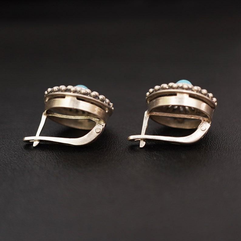 Vintage turquoise earrings Round earrings Blue stone Art deco earrings Sterling silver Floral design
