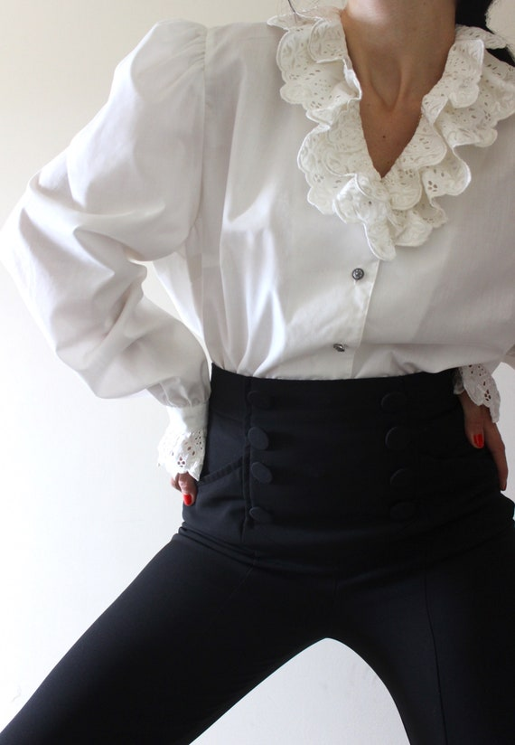 Vintage Embroidered Trachten Blouse | Puff Sleeve
