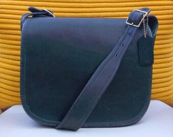 Coach Vintage NYC Classic Shoulder Bag Pouch 9170 leather Shoulder Purse  Black Medium Authentic 70s VGC Rare a262fba58fccf