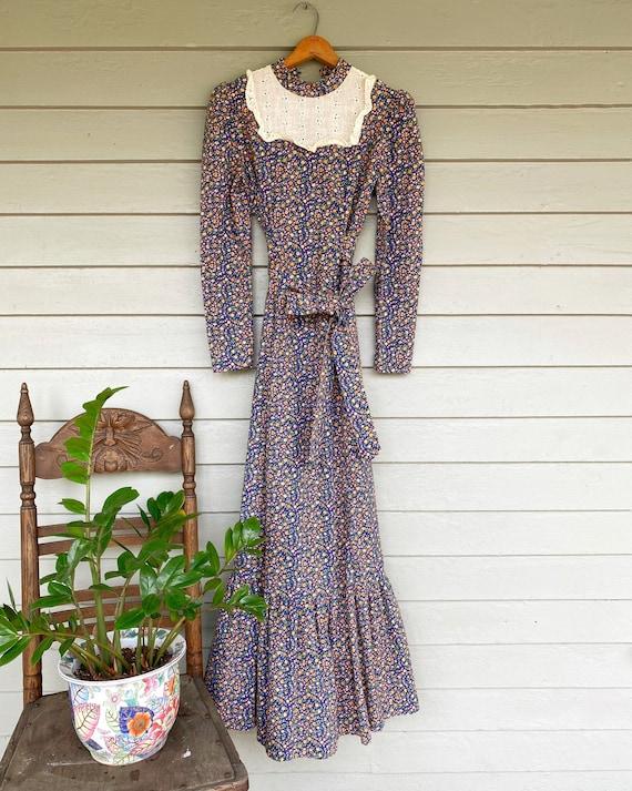 Handmade 70s Bohemian Peasant Dress// Gunne Sax Lo