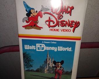 Walt Disney/'s Comics and Stories #583 FN 1993 Stock Image