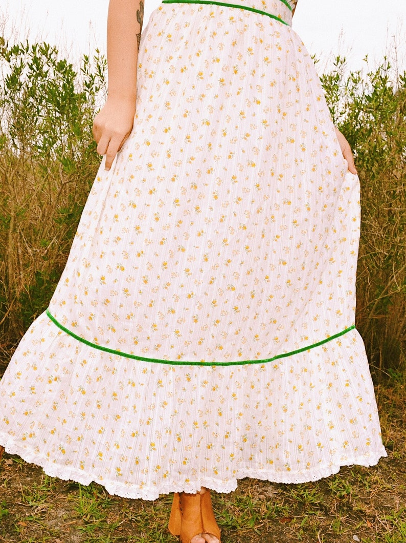 Vintage 70s Off-the-Shoulder Prairie Maxi Dress