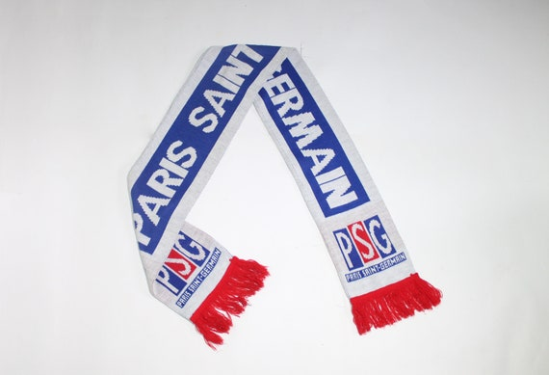 Paris Saint-Germain F.C. scarf
