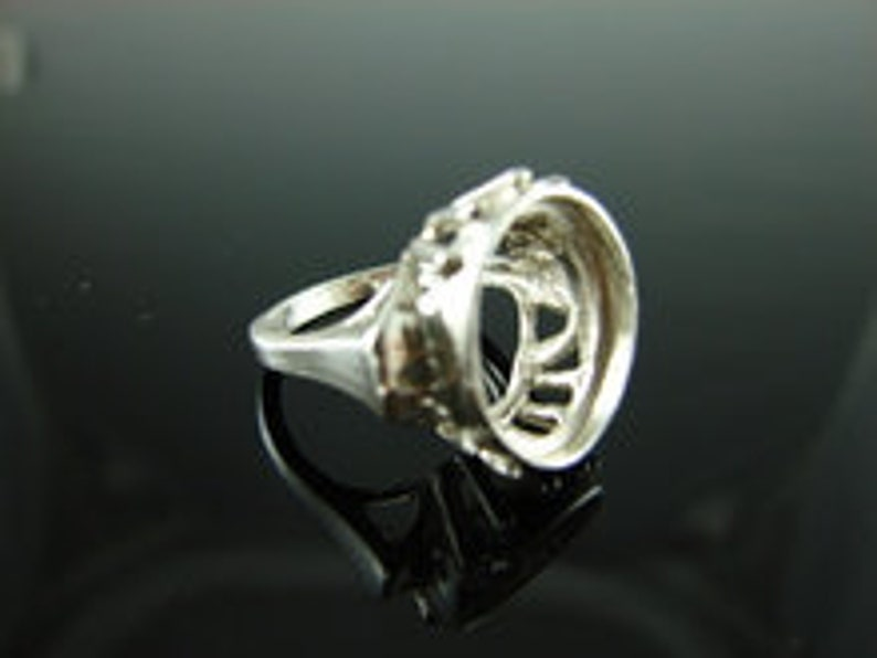 14x12mm Oval Cab or Faceted Gemstone D3740 Ring Setting Sterling Silver Size 4.75