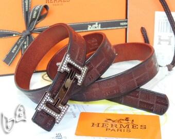 Hermès Vintage H Logos boucle Constance réversible en cuir boucle de  ceinture sont livrés avec boîte  2880527 bdfc6b5ea9f