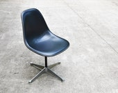 Mid-Century Fiberglass Pivoting Side Chair (PSC) in Black Vinyl by Charles Ray Eames for Herman Miller