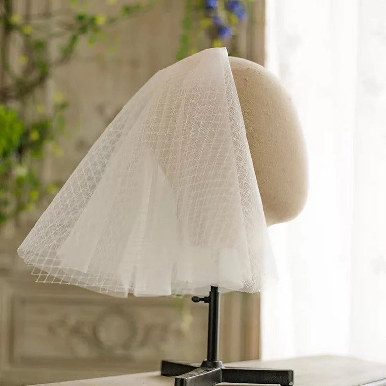 Blusher Bride Contemporary Style Short Tulle Veil