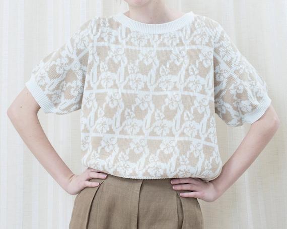 80s tan floral sweater large | preppy beige short