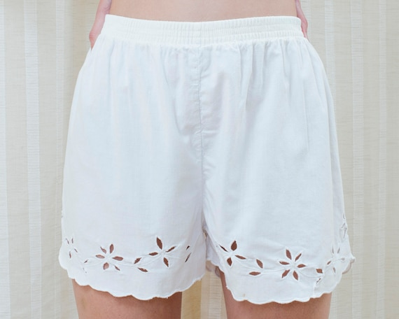 80s white cotton eyelet shorts small | floral eyel