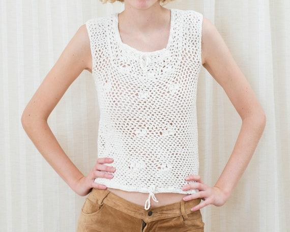 70s white crochet sleeveless sweater | crochet hi… - image 2