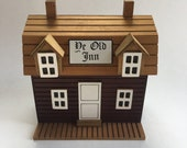 Vintage Wooden Inn Music Box De Old Inn, Chinese Craftsmen Company