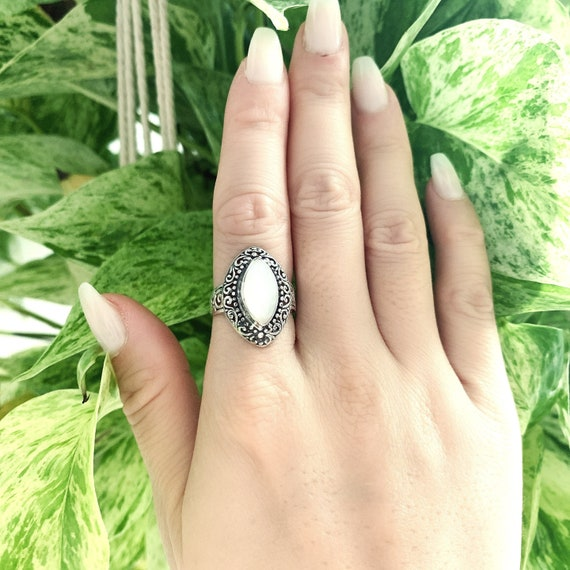 Mother of Pearl Statement Ring Leaf Design Silver Mother of Pearl Ring Part of Matching Set