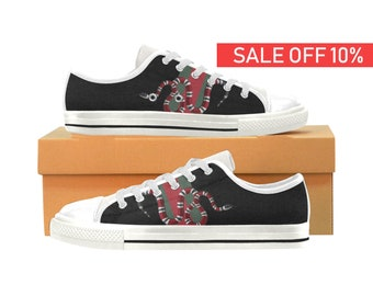 f927abfe88e0 Gucci Low Top Shoes