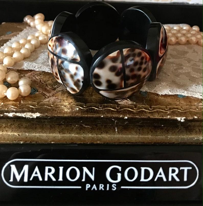 MARION GODART Paris Bracelet \u00c9lastiqu\u00e9 Coquille Cauri Black Resin and Natural Tiger Cowry Scarab Bracelet French Designer Jewelry