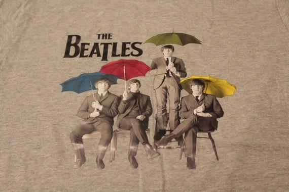 The Beatles holding Umbrellas T Shirt - Beatles Ta