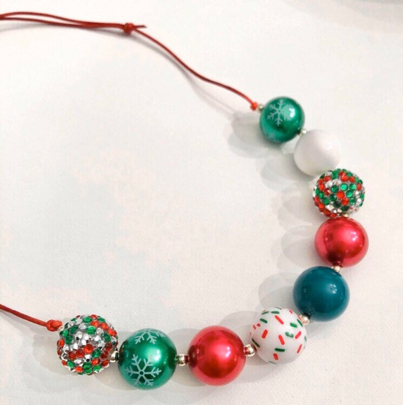 Holiday Cheer Adjustable Necklace Bubblegum Chunky Bead Adult Sliding Knot Red Green Christmas