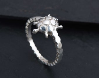 Turtle Ring 14K Tri Color Gold Cute Jewelry Gift for Girls and Women Everyday