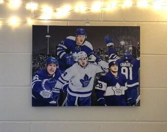 8dd38a3ca6a Toronto Maple Leafs NHL Custom Canvas Art Print (18x24x.75)
