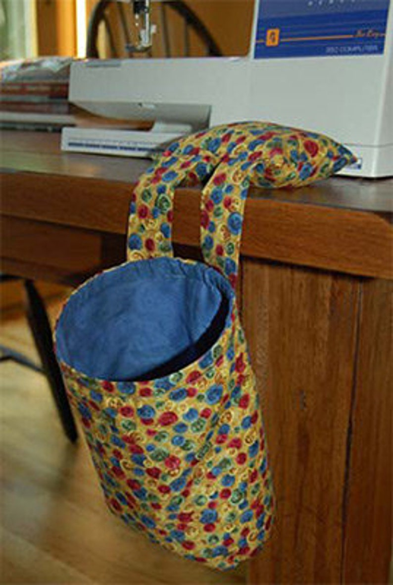 Thread Catcher and Pin Cushion Pattern image 0