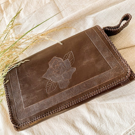 Vintage 1970s tooled leather clutch