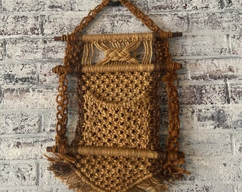 Vintage 70's jute macrame hanging wall pouch/letter holder NEVER USED!