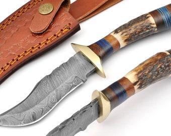 X3H-225H Horn And Wood Handle... Custom Handmade Damascus Steel Hunting Knife