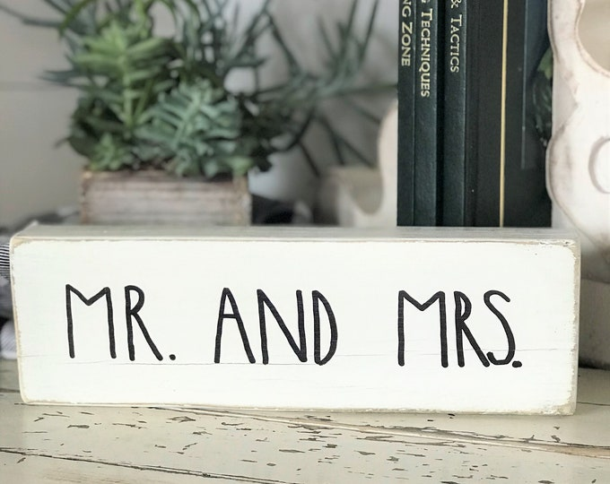 Mr. and Mrs., Rae Dunn inspired wood block sign | farmhouse style wooden sign