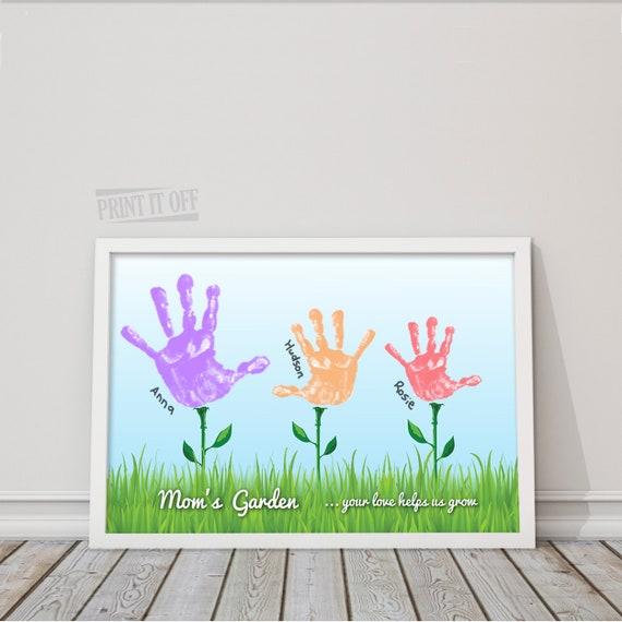 Handprint Art Keepsake / Moms Garden / 3 Flowers / Handprint