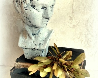 Cement bust shabby upcycling