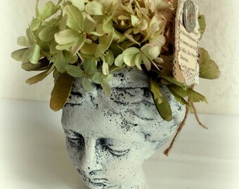 Bust/planting head made of cement with dried flower set for self-inserting Upcyling