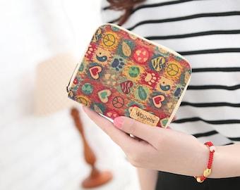 Veggees® Mini Peacie - vegane platzsparende Kork Geldbörse für Damen mit RFID Schutz