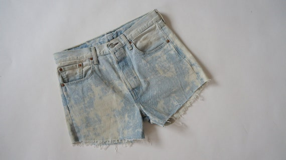 Levis 501 shorts Vintage denim shorts light blue t