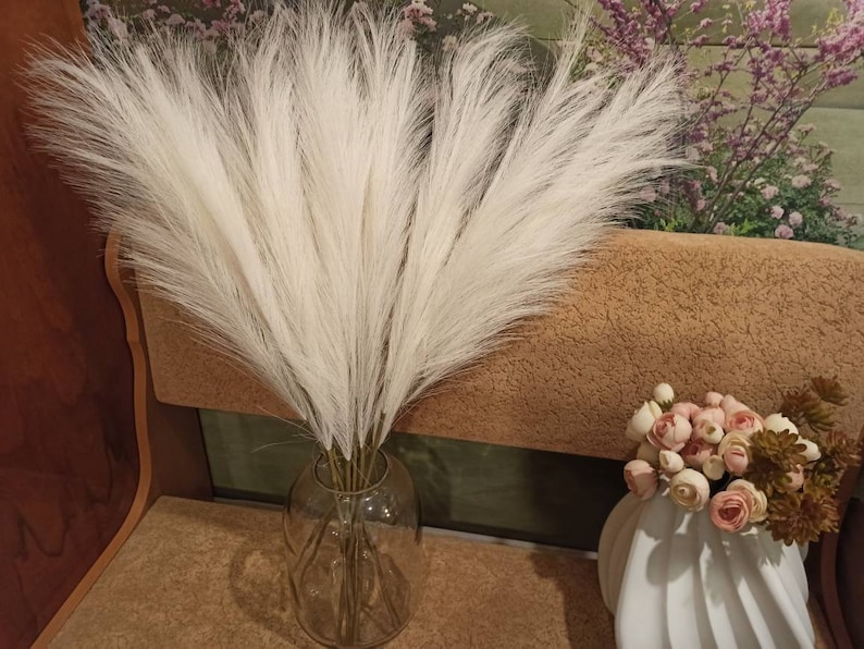WHITE Artificial Pampas Grass One1Stem 27.5InchesLong image 0