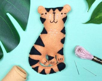 Theo the Tiger - Felt DIY Sewing Kit - Felt jungle animals, felt safari animals, easy craft kit, diy nursery decor, safari nursery decor