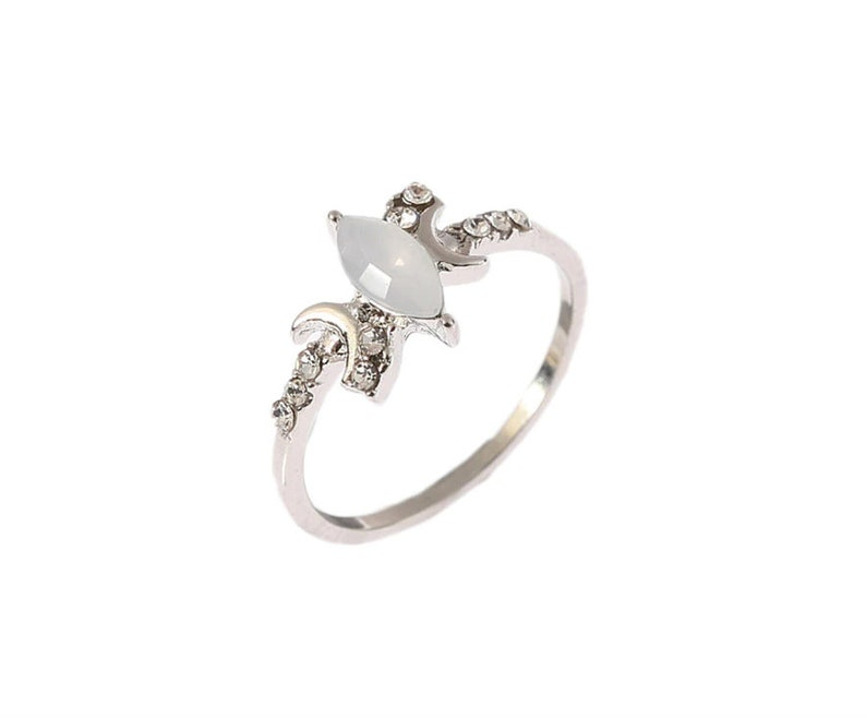 Vintage Stars and Moon Ring for Women  Horse Eye Finger Rings Simple Dainty  Rings  Delicate Ring minimalist moon phase ring