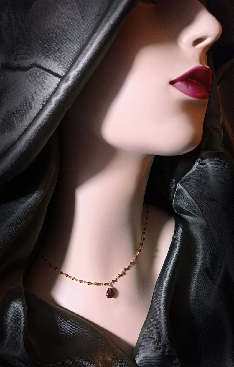Feminine and dainty Goth vermeil garnet necklace image 1