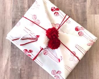 Fabric Gift Wrap - Dandelion / Furoshiki / Eco-Friendly / Reusable Wrap / Wrapping / Flower Gift Wrap