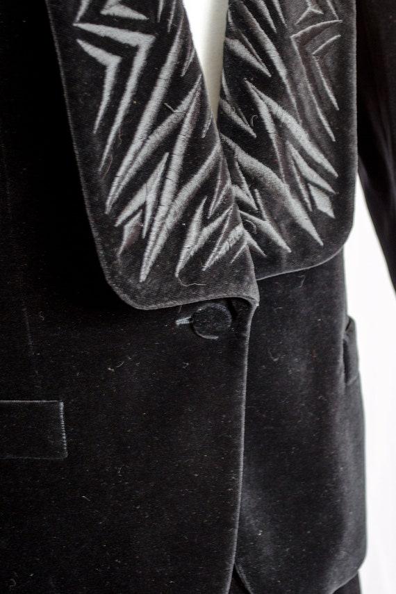Vintage 80s Black Velvet Blazer & Skirt Set by Es… - image 4