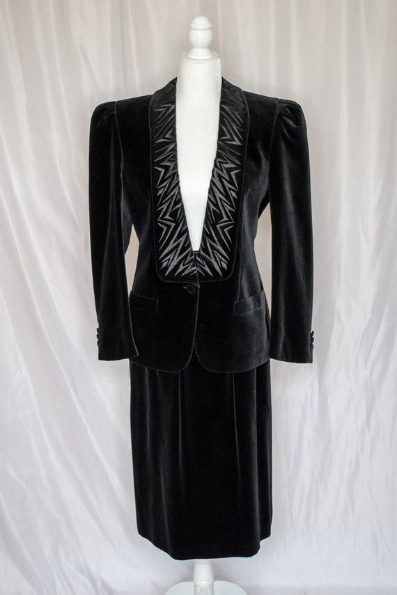 Vintage 80s Black Velvet Blazer & Skirt Set by Es… - image 2